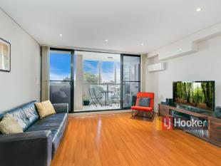 2 bed Apartment for sale in 17/451- 457 New...