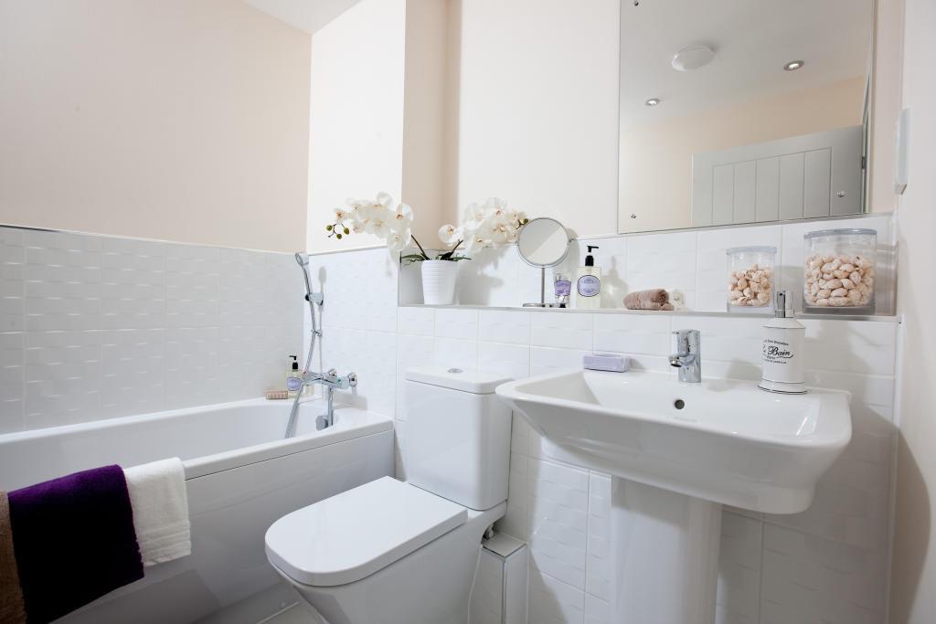 Melton_bathroom_2