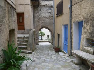 3 bed Village House in Nyons, Rhone-Alpes...