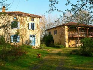 Stone House in Betchat, Midi-Pyrenees for sale