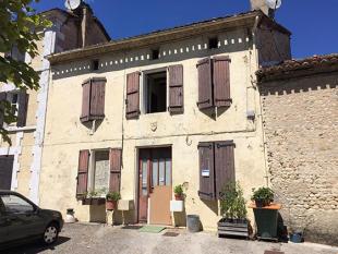 property for sale in Montmoreau-Saint-Cybard, Poitou-Charentes, France