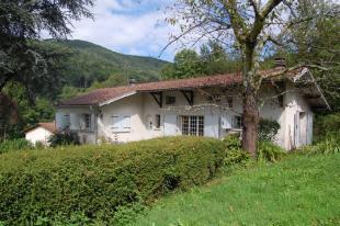 Aspet Villa for sale
