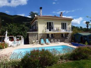 Villa for sale in Arles sur Tech...
