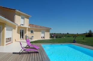 Villa in Eaunes, Midi-Pyrenees...