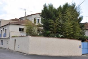 Villa for sale in Villeneuve-Les-Beziers...