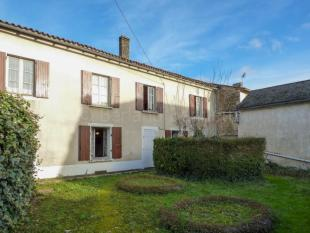Farm House for sale in Maisonnais, Limousin...