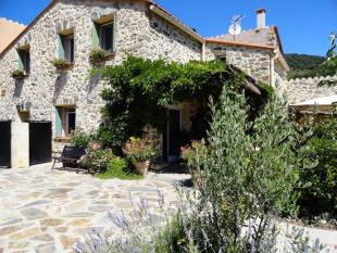 Stone House in Sournia...