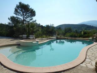 Villa for sale in Vaison-La-Romaine...