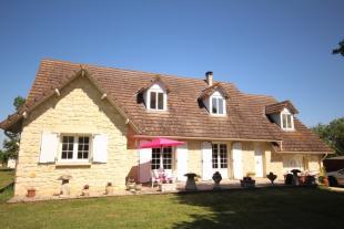 Stone House in Sainte-Foy-La-Grande for sale