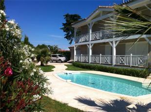 5 bedroom Villa for sale in Claira...