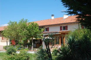 Stone House in Le Fousseret for sale