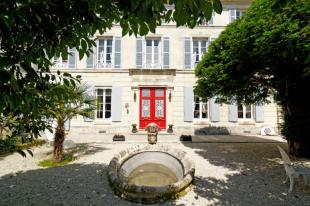 property for sale in Saint Jean D'angely, Charente-maritime, France