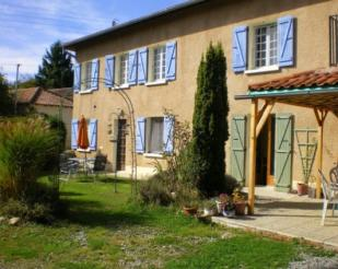 Farm House for sale in Trie-Sur-Baise...