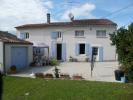 Village House for sale in Saint Jean D\'angely...