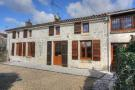Stone House for sale in Saintes...