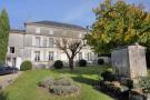 5 bed Maisonette in Jarnac, Charente, France