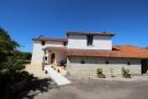 4 bed Farm House in Champagne-Mouton...