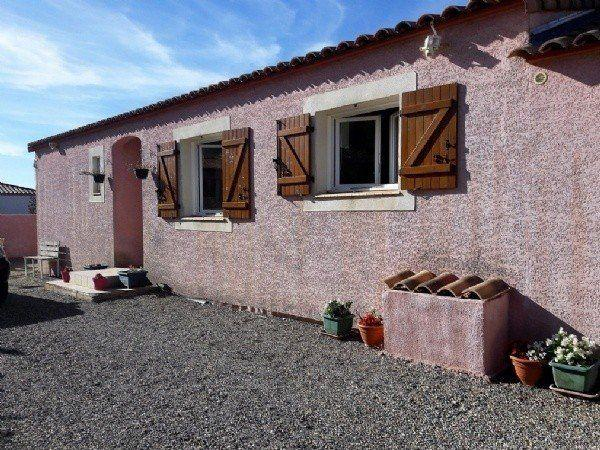 Margon Bungalow for sale