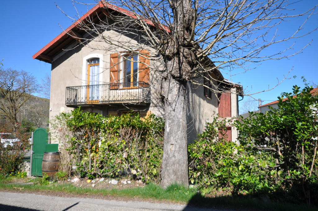 Stone House in Belesta, Midi-Pyrenees for sale