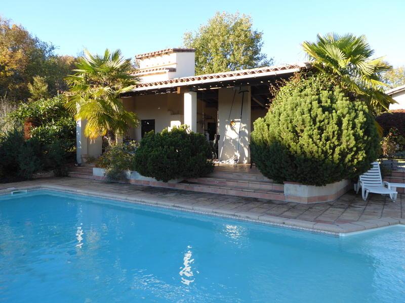 Villa for sale in Le Fousseret...