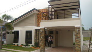Detached house for sale in Angeles