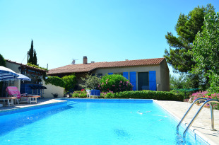 4 bed Detached Villa for sale in Languedoc-Roussillon...