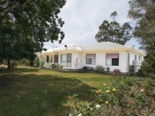 property for sale in 658 Princes Highway, SALE 3850