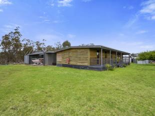 property for sale in 103 Boards Road, SEASPRAY 3851