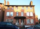 2 bed Flat to rent in Shrubbery Road, Streatham