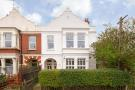 2 bedroom Flat in Sternhold Avenue...