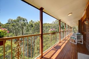 4 bed house for sale in 24 Glen Street...