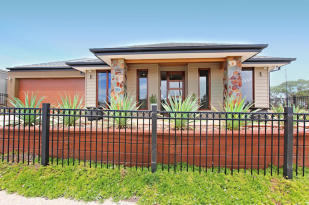 4 bed property for sale in 2 Finnis Street...