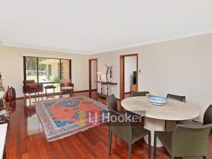 3 bed property in 24 Manson Street...