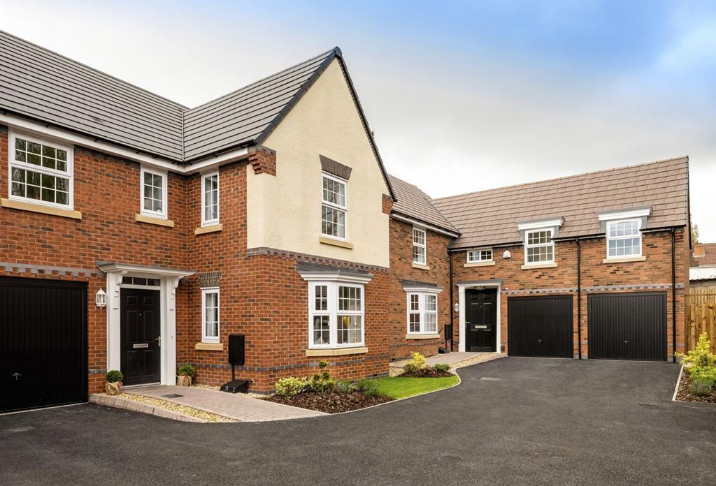 4 Bedroom Detached House For Sale In Bernard Road Harborne Birmingham B17 8lp B17