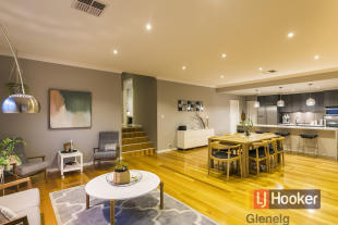 5 bedroom house for sale in 4 Alia Drive...
