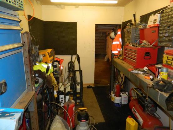 15'11 Workshop with door to Garage