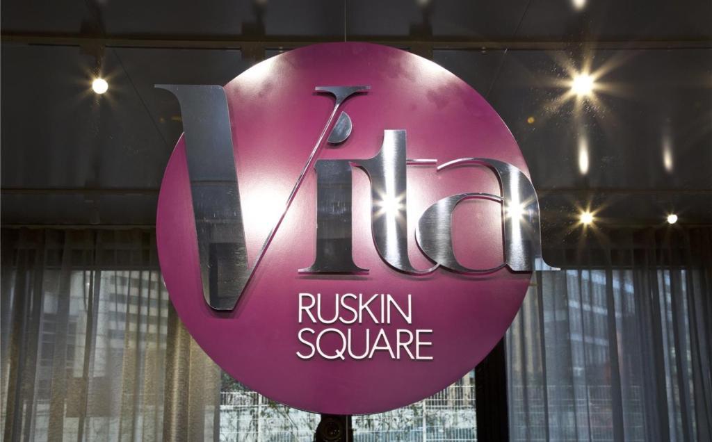 Vita, Ruskin Square