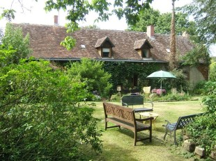 5 bedroom home in Pays de la Loire, Sarthe...