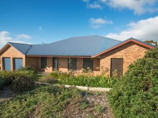 4 bed house for sale in 24 Redgum Avenue...