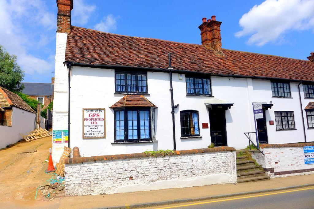 Commercial Property For Sale In Dunstable