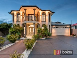 6 bed home in 12 Charles Street...