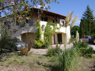 4 bed home in Aquitaine...