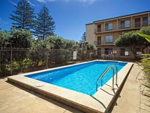 Flat for sale in 3/180 Seaview Road...