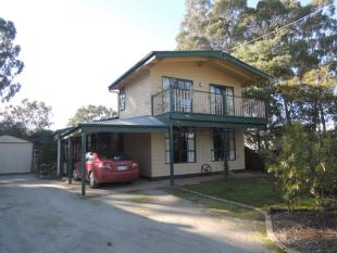 3 bed property for sale in 46 Tamboritha Terrace...