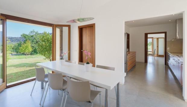 Office/kitchen