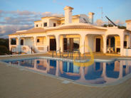 4 bed Villa in Algarve, Loul�