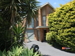 4 bed property for sale in 10 Pier Road...