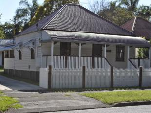 5 bed house for sale in 11 Tallon Street...