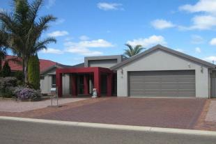 3 bedroom house for sale in 20 Abbott Drive...
