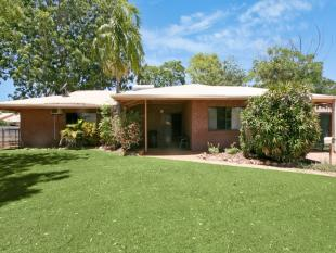 house for sale in 18 Callistemon Drive...